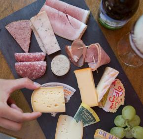 Discover the local products of Stavelot; meats and cheeses on the go - 244436
